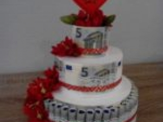 Money weddingcake